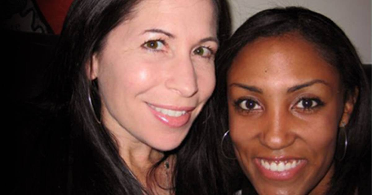 Hawai I Court Rules For Lesbian Couple Turned Away By Bed